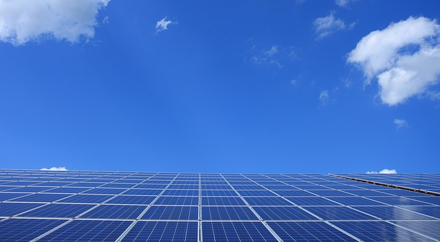 Energia słoneczna – jaką instalację wybrać?